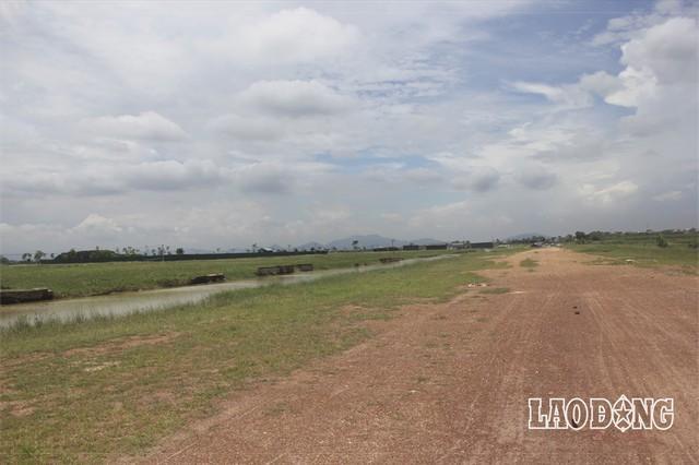 """Hàng chục dự án """"đất vàng nghìn tỉ"""" ở Mê Linh bị bỏ hoang sau 10 năm Hà Nội sáp nhập - Ảnh 3."""