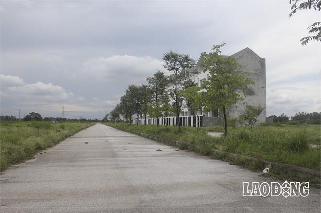 """Hàng chục dự án """"đất vàng nghìn tỉ"""" ở Mê Linh bị bỏ hoang sau 10 năm Hà Nội sáp nhập - Ảnh 10."""