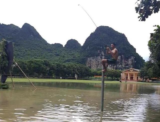 Toàn cảnh mưa lũ tại Nghệ An nhìn từ trên cao - Ảnh 12.