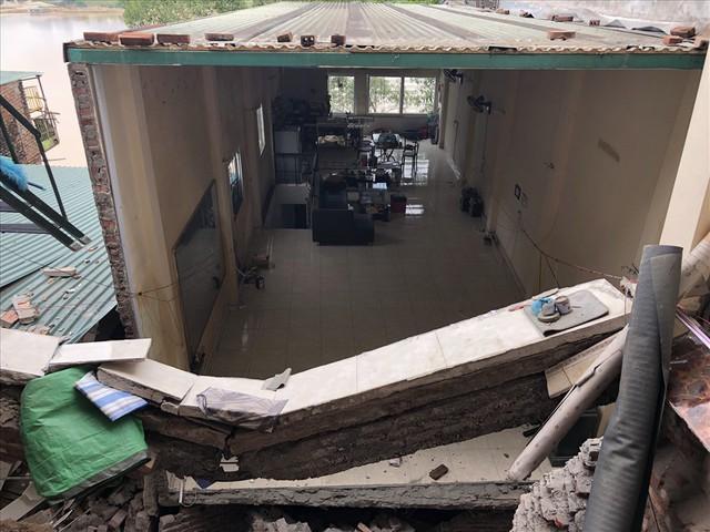 Sụt lún nhà xuống sông Đà ở Hoà Bình: Đã tìm ra nguyên nhân - Ảnh 1.