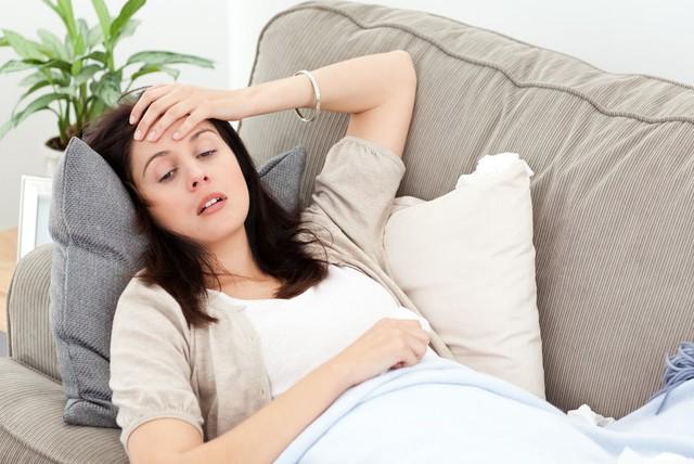 Nếu thấy đau đầu dữ dội ngay sau khi ăn thì hãy coi chừng vì đây có thể là dấu hiệu cho thấy những vấn đề sức khỏe nghiêm trọng - Ảnh 2.