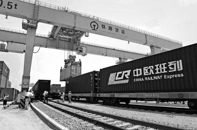 Đế chế tiền của Trung Quốc đang định hình lại thương mại toàn cầu thế nào? - Ảnh 2.