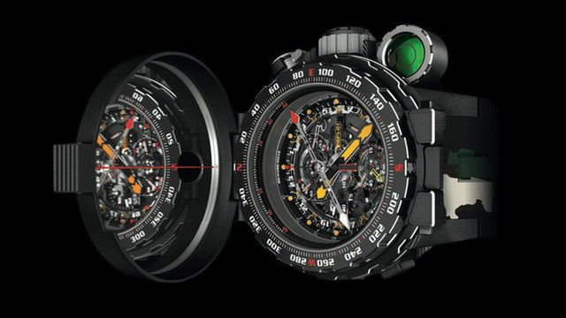 Đây là chiếc đồng hồ nồi đồng cối đá có giá triệu đô được chính ngôi sao hành động Sylvester Stallone thiết kế - Ảnh 3.