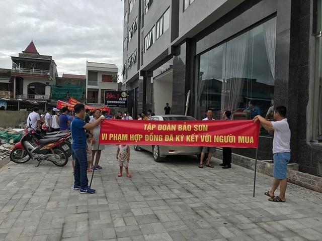 Nghệ An lệnh giải quyết vụ dân chung cư Bảo Sơn tố CDT lật kèo - Ảnh 1.