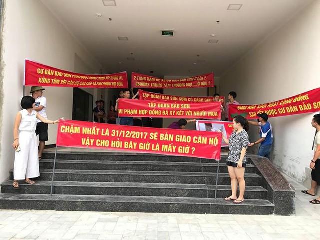 Nghệ An lệnh giải quyết vụ dân chung cư Bảo Sơn tố CDT lật kèo - Ảnh 2.