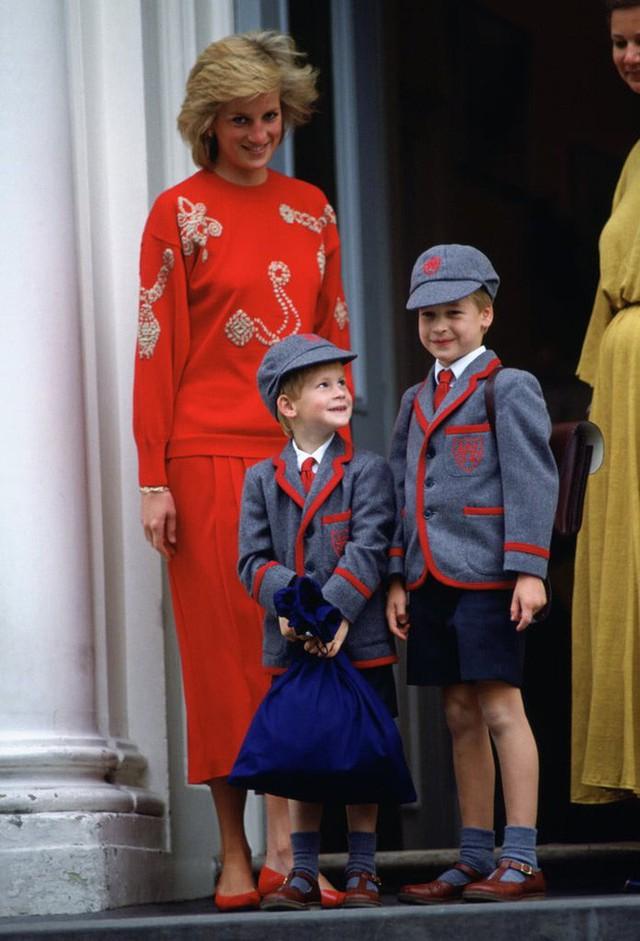 10 điều tuyệt vời mà Công nương Diana làm cho con cái đã truyền cảm hứng mạnh mẽ cho những bà mẹ của thời nay - Ảnh 4.