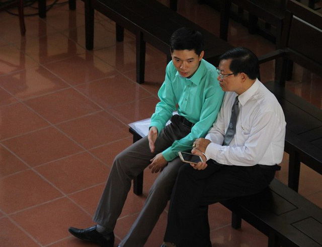 BS Hoàng Công Lương nói về việc liên tục bị thay đổi tội danh - Ảnh 1.
