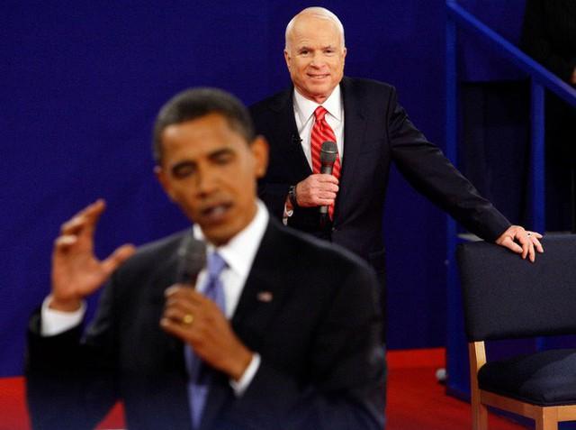 Những cột mốc đáng nhớ trong cuộc đời Thượng nghị sĩ McCain - Ảnh 10.