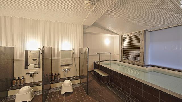 Độc đáo khách sạn một buồng tại Nhật Bản: Trào lưu mới của dân du lịch thế giới - Ảnh 7.