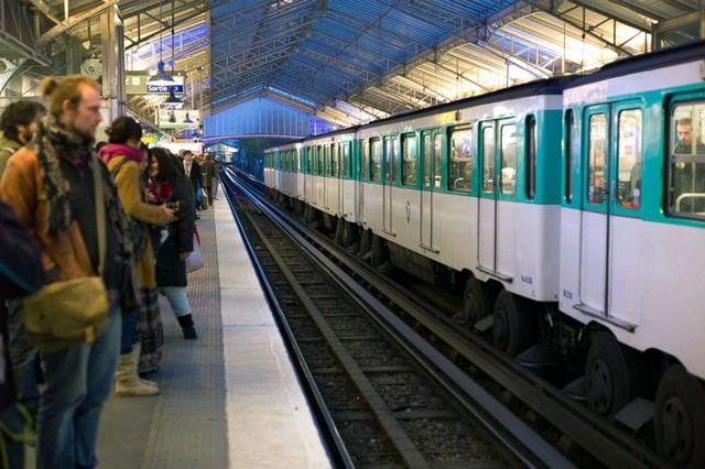 """Cẩm nang bỏ túi khi du lịch nước Pháp: 6 điều """"tối kỵ"""" ở Paris tráng lệ  - Ảnh 2."""