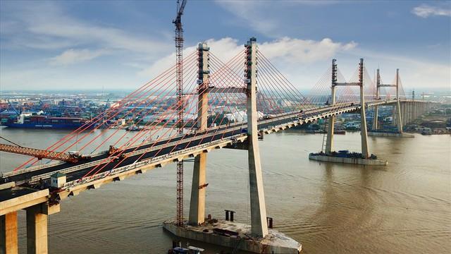 Chuyện ít biết đằng sau 13.000 tỉ huy động để xây dựng xa lộ Hạ Long - Hải Phòng - Ảnh 1.