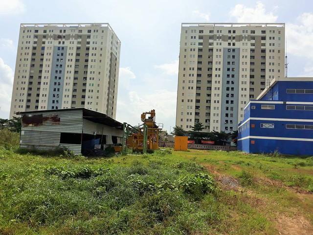 Dự án rác thải xây dựng sát bên cạnh, cư dân chung cư Tín Phong kêu cứu - Ảnh 3.