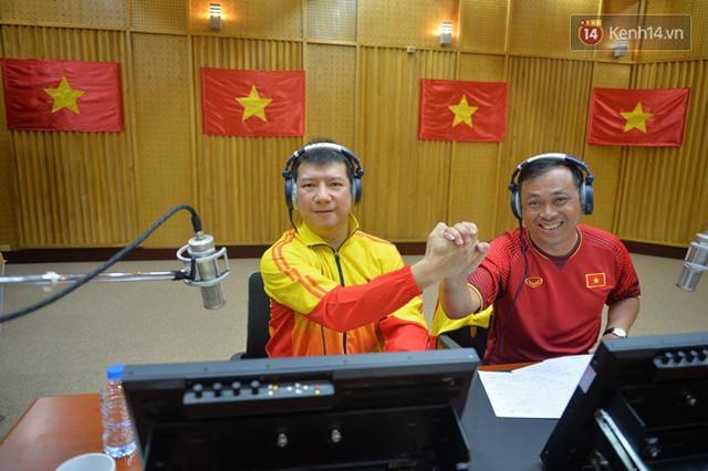 CĐV bần thần trước thất bại của Olympic Việt Nam, nhưng vẫn tự hào vì những gì các cầu thủ đã làm được - Ảnh 92.