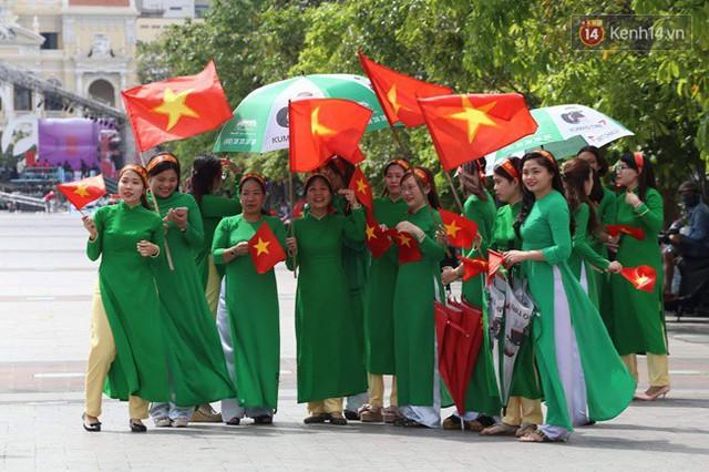 CĐV bần thần trước thất bại của Olympic Việt Nam, nhưng vẫn tự hào vì những gì các cầu thủ đã làm được - Ảnh 143.