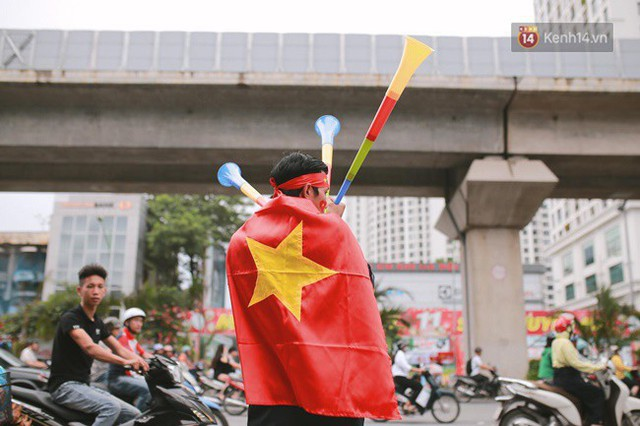 CĐV bần thần trước thất bại của Olympic Việt Nam, nhưng vẫn tự hào vì những gì các cầu thủ đã làm được - Ảnh 105.