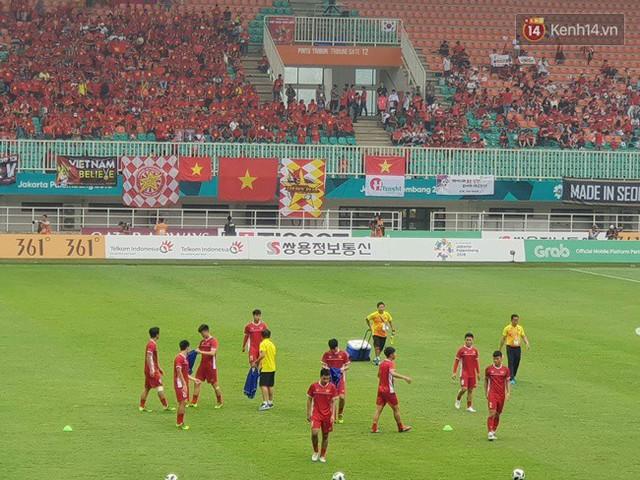 CĐV bần thần trước thất bại của Olympic Việt Nam, nhưng vẫn tự hào vì những gì các cầu thủ đã làm được - Ảnh 109.