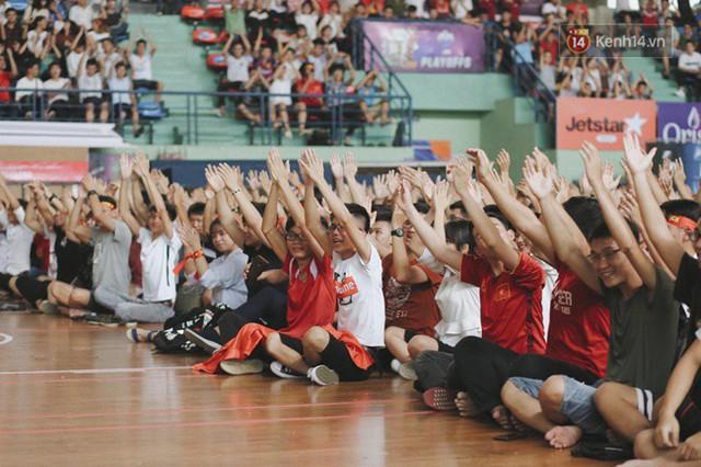 CĐV bần thần trước thất bại của Olympic Việt Nam, nhưng vẫn tự hào vì những gì các cầu thủ đã làm được - Ảnh 112.