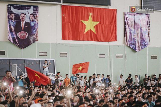 CĐV bần thần trước thất bại của Olympic Việt Nam, nhưng vẫn tự hào vì những gì các cầu thủ đã làm được - Ảnh 79.