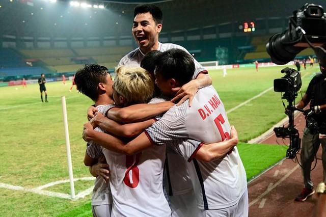 Chuyện những chiếc áo đấu không tên của tuyển Syria: Giấc mơ bóng đá từ nơi còn chẳng hề có sân vận động - Ảnh 7.
