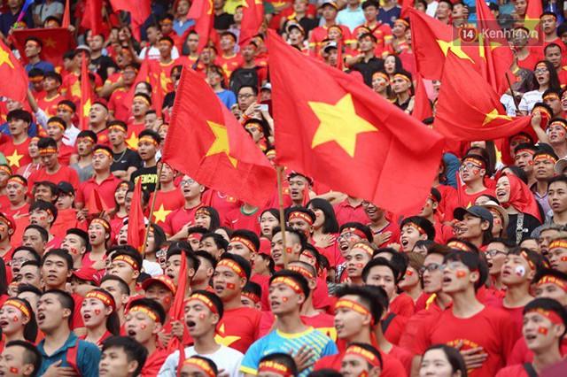 CĐV bần thần trước thất bại của Olympic Việt Nam, nhưng vẫn tự hào vì những gì các cầu thủ đã làm được - Ảnh 90.