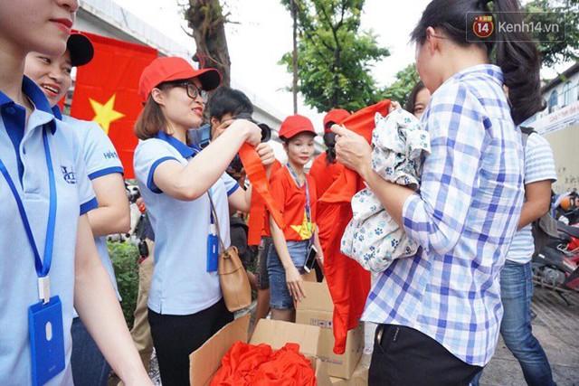 CĐV bần thần trước thất bại của Olympic Việt Nam, nhưng vẫn tự hào vì những gì các cầu thủ đã làm được - Ảnh 142.