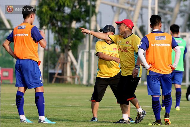 Báo Hàn Quốc đặt dấu hỏi về kỳ tích lần thứ hai của HLV Park Hang Seo với U23 Việt Nam - Ảnh 1.