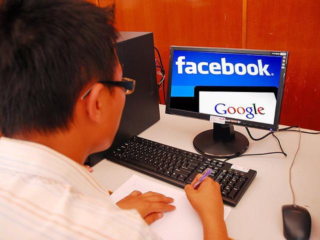 Kiếm 500 tỉ từ Facebook, Google nhưng 'quên' thuế - Ảnh 1.