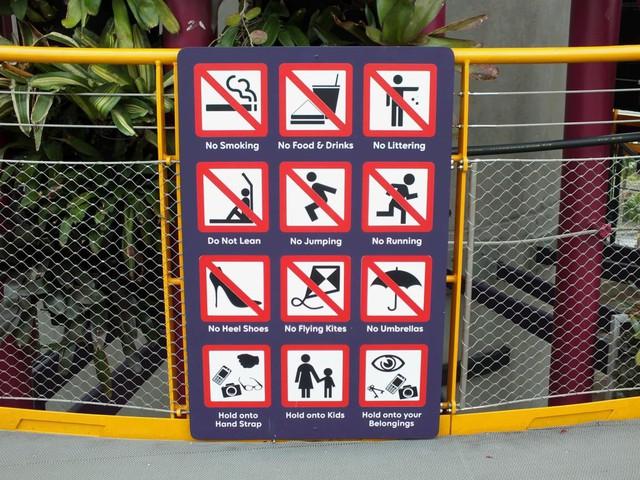 Quốc đảo Singapore và những điều ai ai cũng ngỡ ngàng: Từ việc đi đâu cũng thấy phạt tới nơi an toàn, văn minh và cực tiện lợi cho khách du lịch  - Ảnh 1.