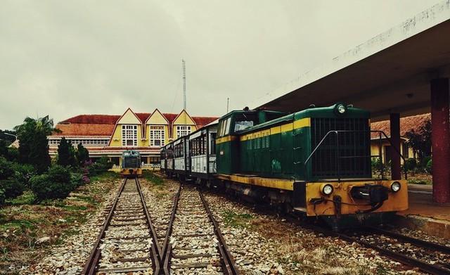 Vì sao doanh nghiệp chờ 3 năm vẫn chưa được đầu tư tuyến đường sắt Đà Lạt – Trại Mát? - Ảnh 1.