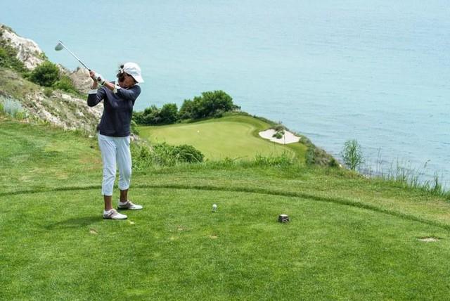 7 điều thay đổi để phái đẹp đến với golf nhiều hơn - Ảnh 2.