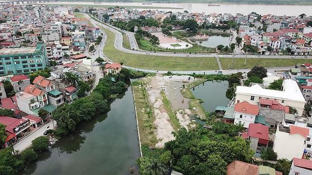 Ngổn ngang tuyến đường đổi bằng 180 ha đất vàng ở Hà Nội   - Ảnh 3.