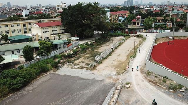 Ngổn ngang tuyến đường đổi bằng 180 ha đất vàng ở Hà Nội   - Ảnh 4.