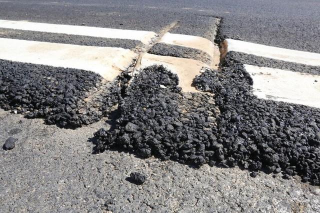 Cận cảnh xa lộ 34.500 tỉ đồng xe hơi đi lộc cộc, lộc cộc - Ảnh 6.
