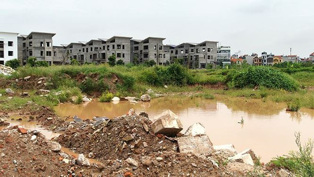 Ngổn ngang tuyến các con phố đổi bằng 180 ha đất vàng ở Hà Nội - Ảnh 8.
