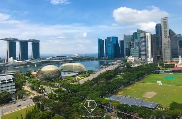 Đến với khách sạn cao cấp Fairmont, bạn có thể thu trọn Singapore trong tầm mắt - Ảnh 1.