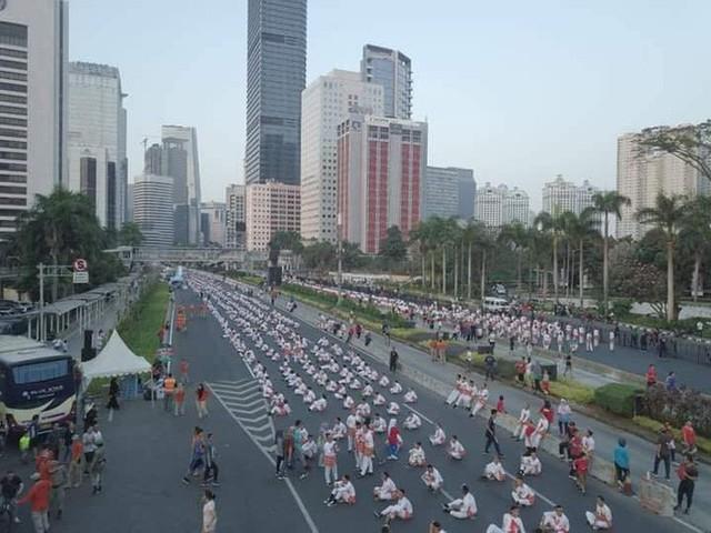 Indonesia thiết lập kỷ lục guiness khi tổ chức khai mạc Asiad - Ảnh 11.