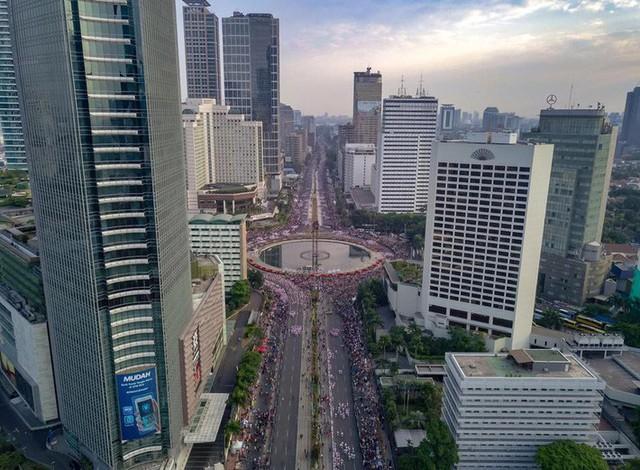 Indonesia thiết lập kỷ lục guiness khi tổ chức khai mạc Asiad - Ảnh 5.