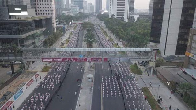 Indonesia thiết lập kỷ lục guiness khi tổ chức khai mạc Asiad - Ảnh 10.