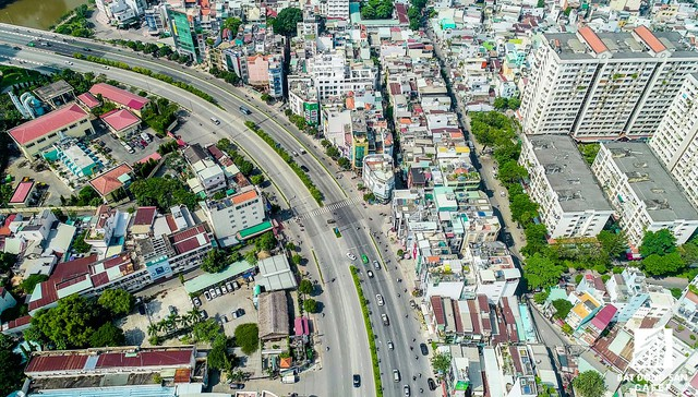 Toàn cảnh đô thị trung tâm Sài Gòn nhìn từ đỉnh tòa nhà cao nhất Việt Nam - Ảnh 19.