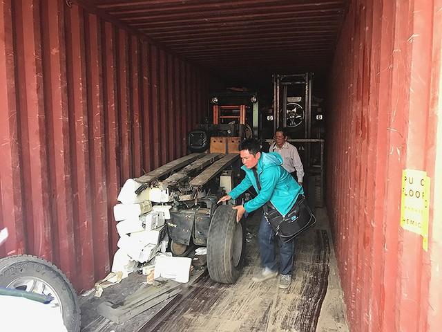 Bị vạ lây vì rác thế giới đổ vào Việt Nam - Ảnh 1.