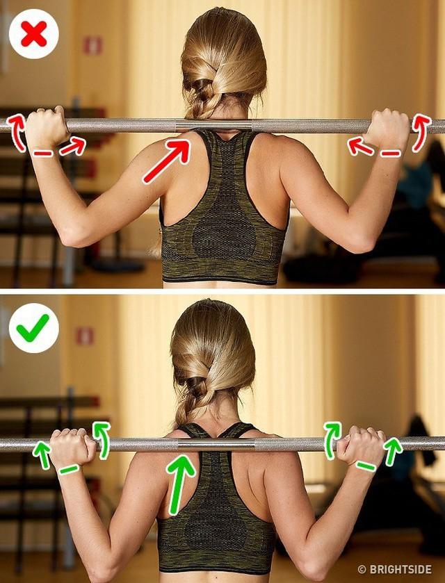 Đây là những động tác tập luyện rất phổ biến nhưng cũng rất nhiều người tập sai gây nguy hại cho sức khỏe - Ảnh 5.