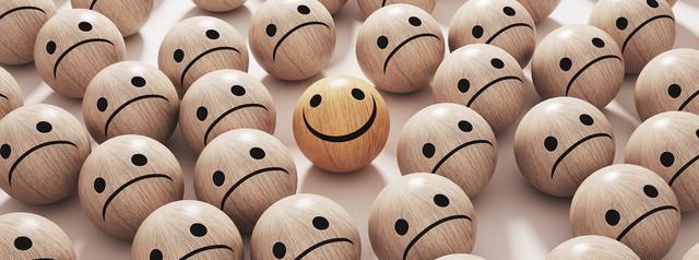 Làm việc cật lực để theo đuổi thành công, hy vọng sẽ hạnh phúc nhưng cuối cùng bạn nhận ra, mình đã bỏ lỡ cả cuộc đời - Ảnh 1.