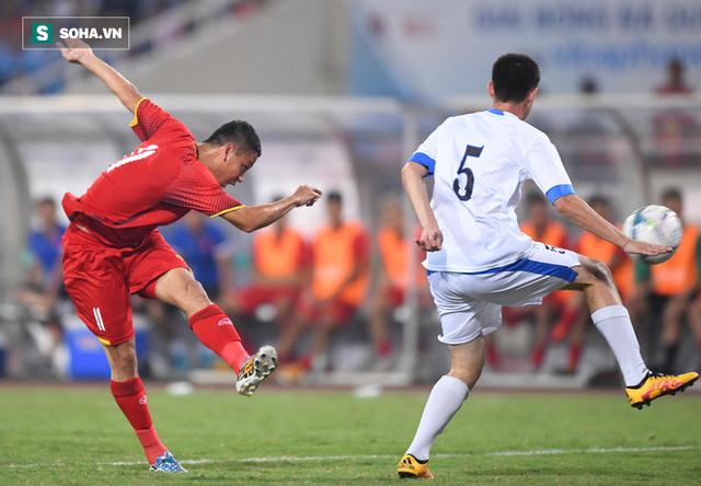 Gà son giải cứu U23 Việt Nam, nhưng HLV Park Hang-seo vẫn chưa hết cơn đau đầu - Ảnh 1.