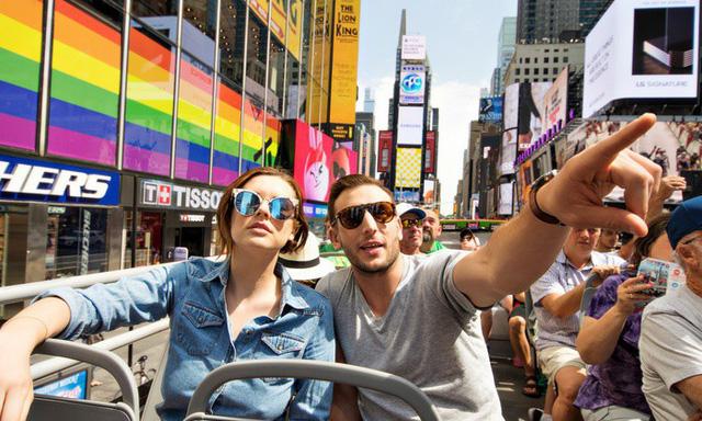 Nếu lần đầu tiên đặt chân tới New York, đừng bỏ qua các tour du lịch xe buýt độc quyền xung quanh thành phố - Ảnh 1.