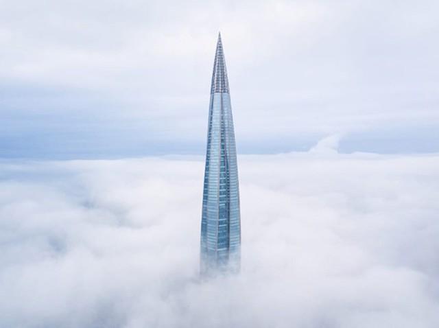 Ảnh: Chóng mặt với tòa tháp cao nhất châu Âu sắp hoàn thành tại Nga - Ảnh 5.