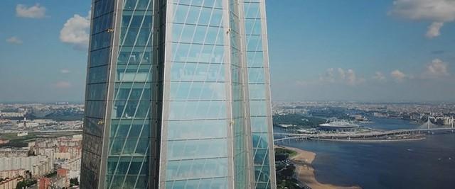 Ảnh: Chóng mặt với tòa tháp cao nhất châu Âu sắp hoàn thành tại Nga - Ảnh 10.