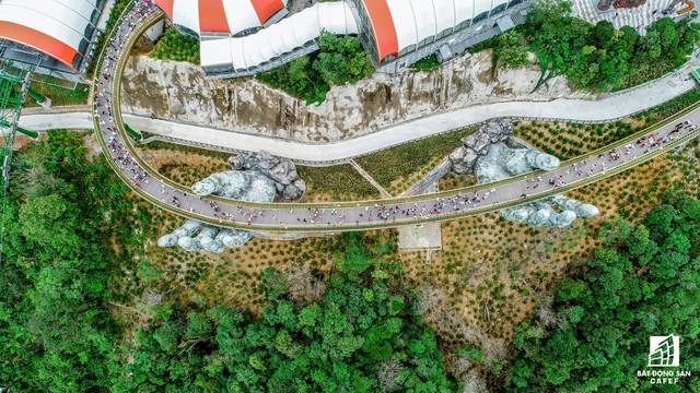 [Clip] Cầu vàng Đà Nẵng nổi tiếng chỉ sau 2 tháng công bố, lọt top 100 điểm đến hoàn hảo nhất địa cầu - Ảnh 9.