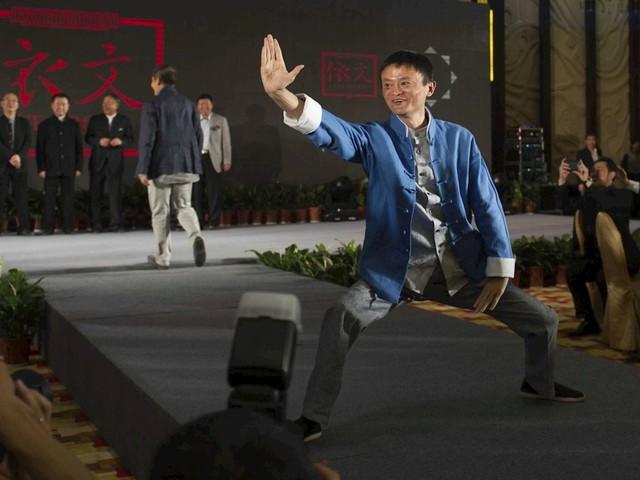Cuộc đời đầy cảm hứng của tỷ phú tự thân Jack Ma: Từ con nhà nghèo đến người giàu nhất Trung Quốc - Ảnh 4.