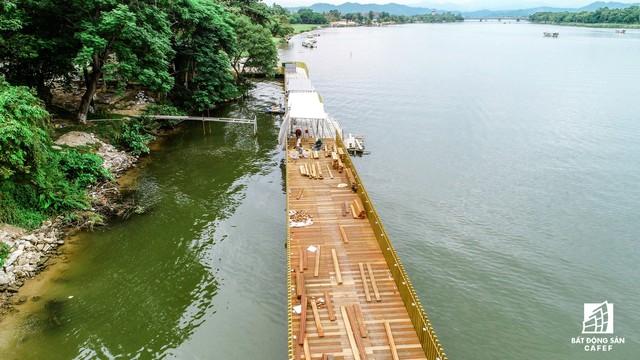 Toàn cảnh dự án cầu đi bộ siêu sang lát gỗ lim gần 53 tỷ đồng ở Huế - Ảnh 9.