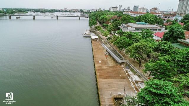 Toàn cảnh dự án cầu tản bộ siêu sang lát gỗ lim gần 53 tỷ đồng ở Huế - Ảnh 10.